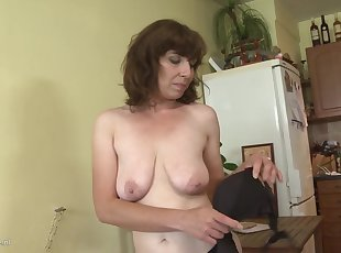 Amateur , Grannies , Hairy , Mature