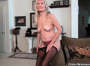 Blonde , Grannies , American