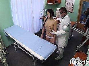 Болница , Теен