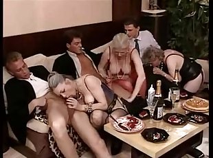 Swinger orgies and family xxx clubs
